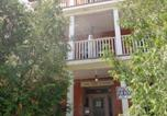 Location vacances Ottawa - Adib Apartments - 362 Friel St, Unit 8b (Basement)-1