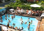 Hôtel Surfers Paradise - Surf n Sun Beachside Backpackers