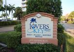 Location vacances Estero - Lovers Key Resort Unit Apartment-2