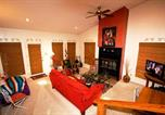 Location vacances Ruidoso Downs - La Luz Lodge Two-bedroom Holiday Home-3