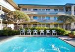 Hôtel Marina - Monterey Beach Dunes Inn-1