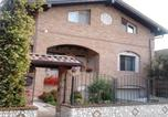 Location vacances Rho - Sosta Fiera B&B-1
