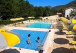 Camping avec Piscine Le Castellard-Melan - Camping Les Eaux Chaudes-1