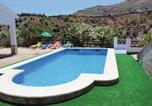 Location vacances Árchez - Holiday Home Canillas de Albaida with a Fireplace 07-2