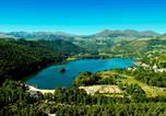 Camping en Bord de rivière Auvergne - Domaine du Lac de Chambon-1