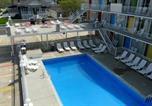 Hôtel Avalon - Lollipop Motel-1