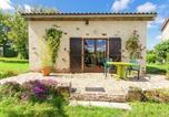 Location vacances Beyssenac - Holiday Home La Petite Maison 4p-4