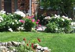 Location vacances Kelowna - A Wildwood Rose Vacation Rental-4