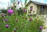 Location vacances Goole - The Straw Bale Cabin-1