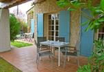 Location vacances Eyragues - Holiday Home Chateaurenard-1