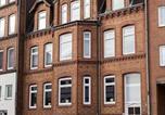 Location vacances Kiel - Stilvolle Altbauwohnung in zentraler Lage-1