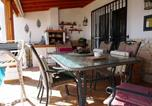 Location vacances Los Abrigos - Quality 2 Bed Bungalow Heated swimming pools-1