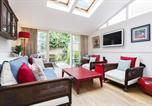 Location vacances Hammersmith - Veeve - Three Bedroom House in Fulham-1