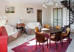 Location vacances Lauroux - Apartment Chateau de la Roque - Champ du Marchand-2