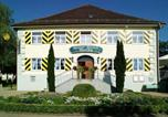 Location vacances Altusried - Schloss-Gasthof Sonne-1