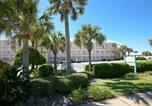 Villages vacances Destin - Crystal Sands Condominiums by Wyndham Vacation Rentals-4