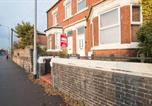 Location vacances Newcastle-under-Lyme - London Villa-1