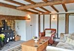 Location vacances Kingsnorth - Forge Cottage-2