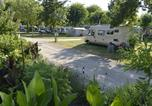 Camping Chef-Boutonne - Flower Camping La Venise Verte-1