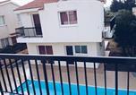 Location vacances  Chypre - Paphos House-2