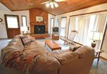 Location vacances Ruidoso Downs - Three-Bedroom English Resort-2