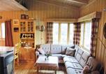 Location vacances Volda - Holiday home Folkestad Nautvik-2