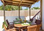 Location vacances Cala En Porter - Three-Bedroom Apartment in Menorca with Pool Ix-4