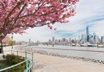 Location vacances Hoboken - Sky City Apartments at Waterfront South-3
