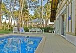 Location vacances Sanguinet - Les Villas Des Greens Du Bassin 8p-4