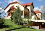 Hôtel Jászapáti - Borhotel Sziluett Farkasmály-2