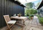 Location vacances Helsinge - One-Bedroom Holiday home in Vejby 10-4