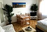 Location vacances Regensburg - Arcaden Apartment-2