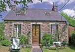 Location vacances Le Moustoir - Holiday home Callac Cd-1660-1