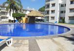 Location vacances Manzanillo - Suites Las Palmas Hotel & Villas-2