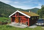 Location vacances Geiranger - Four-Bedroom Holiday home in Norddal-4