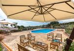 Location vacances Aci Sant'Antonio - Villa Acireale Pool Apartment-3