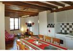 Location vacances Villeneuve-d'Olmes - Apartment Belesta with a Fireplace 02-3