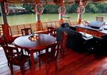 Location vacances Alleppey - Stay in 4 bedroom houseboat by Guesthouser-2