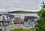 Location vacances Lunenburg - Lunenburg's Oldest House-3