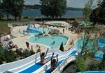 Camping en Bord de lac Nages - Camping Caussanel-1