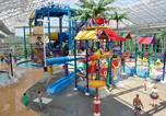 Hôtel Huntingburg - Big Splash Adventure Hotel and Indoor Water Park-1