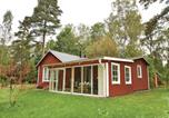Location vacances Skövde - Two-Bedroom Holiday Home in Falkoping-1