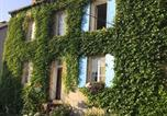 Hôtel Corbigny - Les Volets Bleus-1