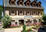 Location vacances Saint-Victor-la-Rivière - Hotel-Résidence Les Volcans-1