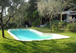 Location vacances Giens - Villa in Hyeres-3