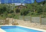 Location vacances Caylus - Maison De Vacances - Parisot 1-1