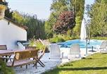 Location vacances Maulévrier - Holiday Home Cerizay Cirieres-1
