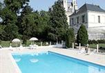 Hôtel Civray-sur-Esves - Chambres d'hôtes Château de la Rolandière-3