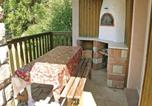 Location vacances Le Val-d'Ajol - Holiday Home Girmont-Val-D'Ajol with a Fireplace 04-4