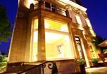 Location vacances Lambersart - Les Toquées Maison d'hôtes-1